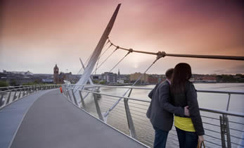 Derry City Sightseeing Tour